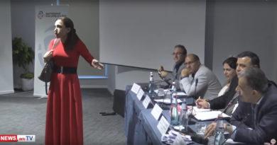 Մարինա Խաչատրյանը ձվեր դրեց փոխոստիկանապետի սեղանին (տեսանյութ)